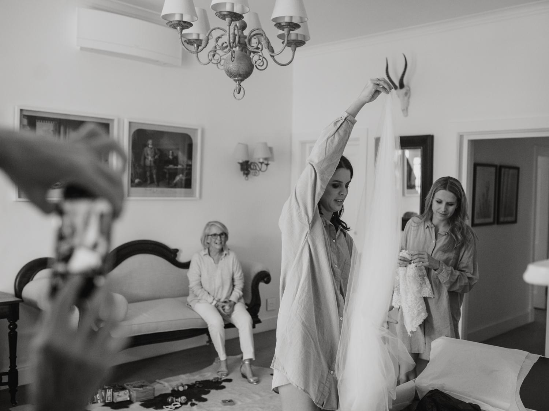 heisvisual-wedding-photographers-documentary-dorstdy-hotel-graaff-reinet-south-africa020.jpg