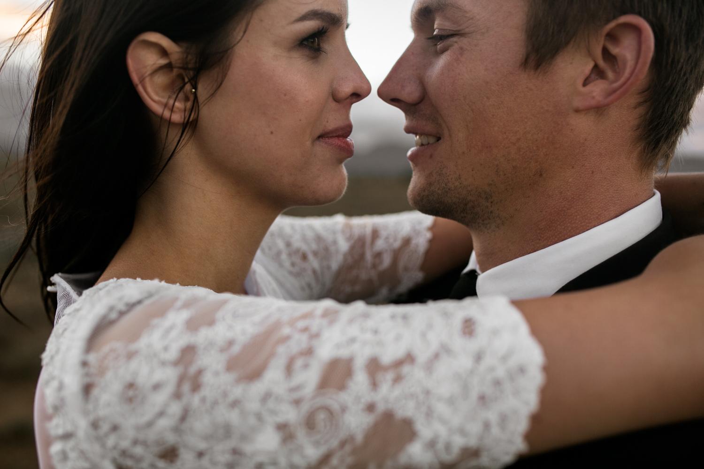heisvisual-wedding-photographers-documentary-dorstdy-hotel-graaff-reinet-south-africa080.jpg