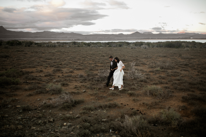 heisvisual-wedding-photographers-documentary-dorstdy-hotel-graaff-reinet-south-africa083.jpg