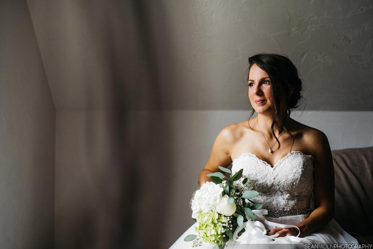 012-bridal-portrait-black-white-natural-window-light-detail-jessica-uhlir-barn-zionsville.jpg