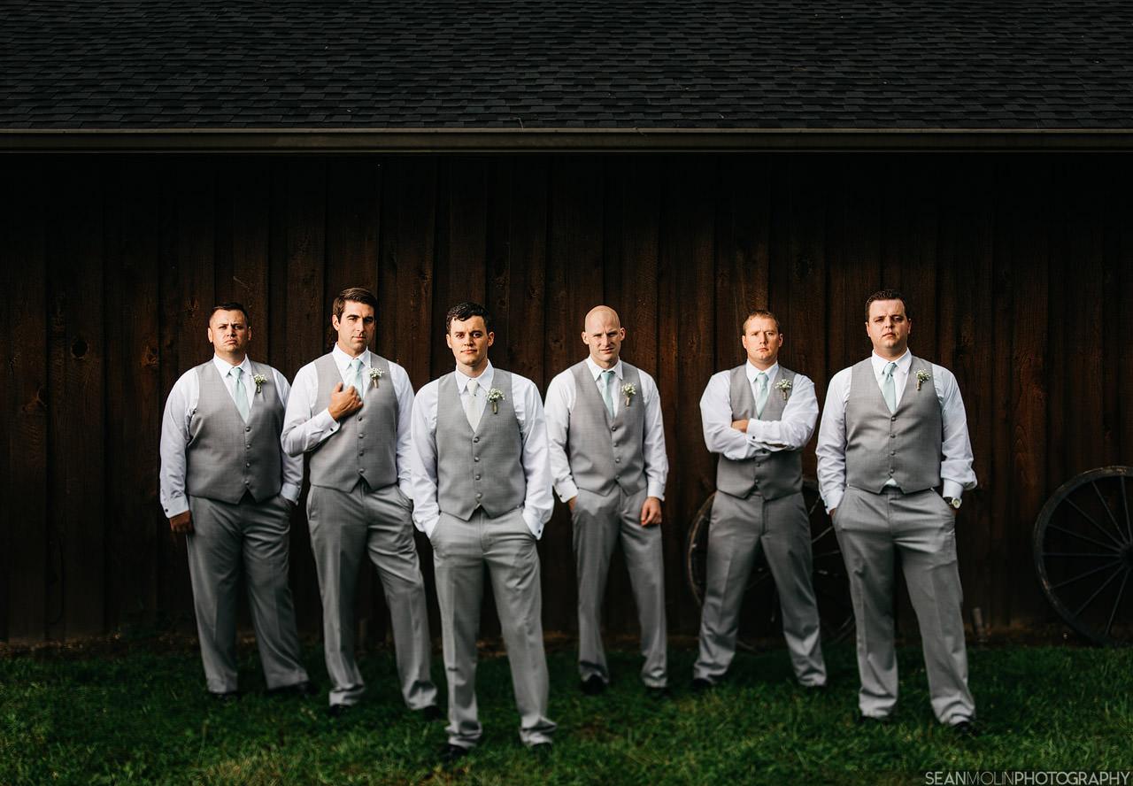 017-groomsmen-wedding-portrait-45mm-tilt-shift-flash-composite-profoto-b2-brenizer.jpg