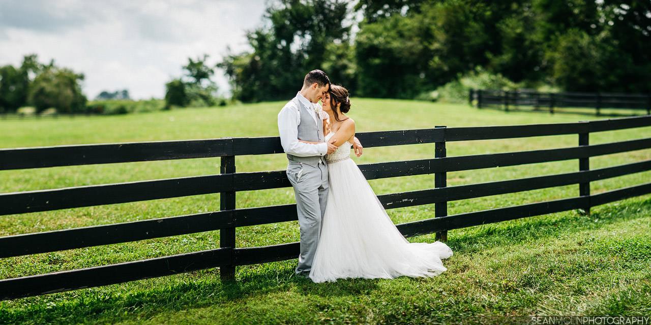 031-bride-groom-panorama-bokeh-brenizer-method-farm-barn-zionsville-indiana-wedding.jpg