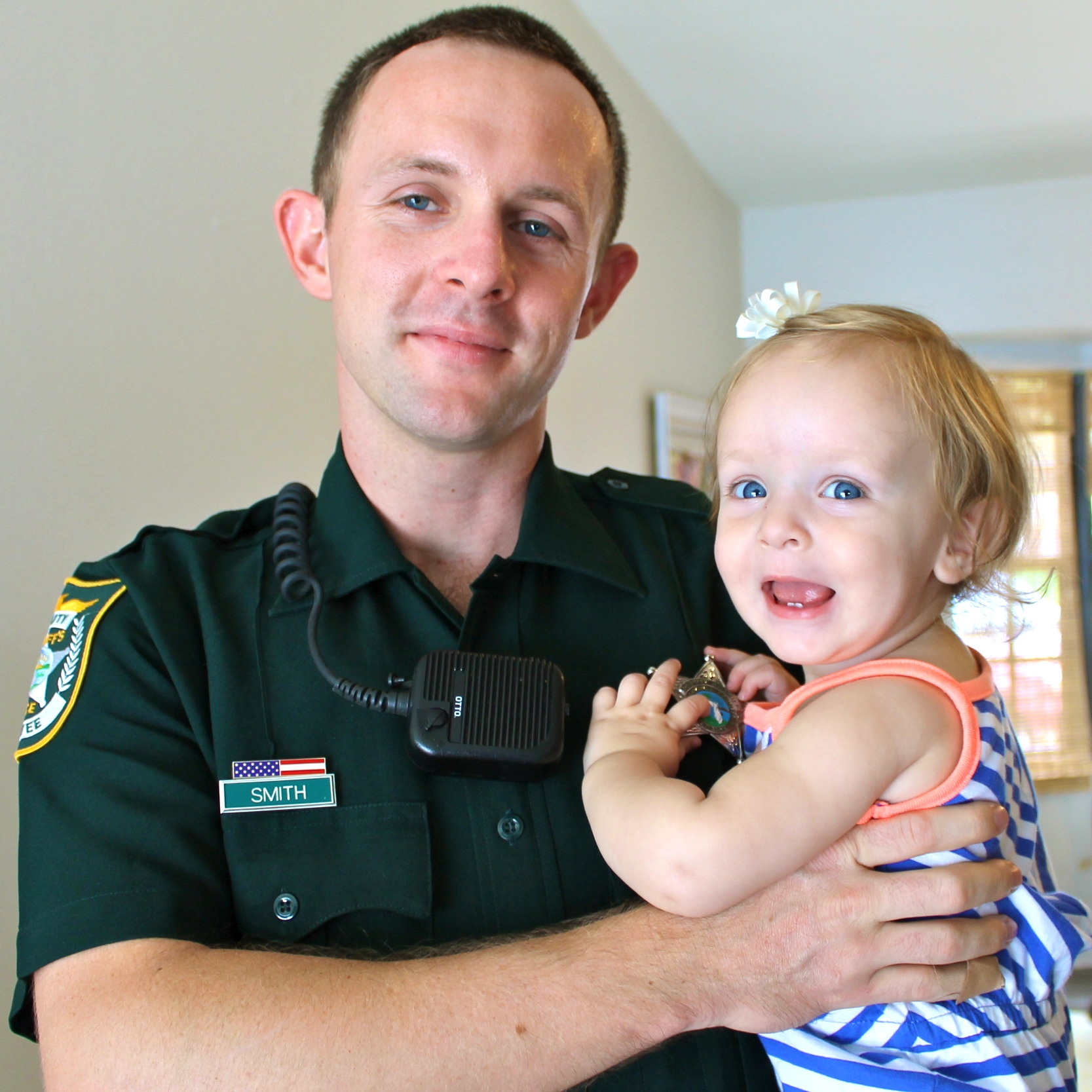 cop dad and baby girl