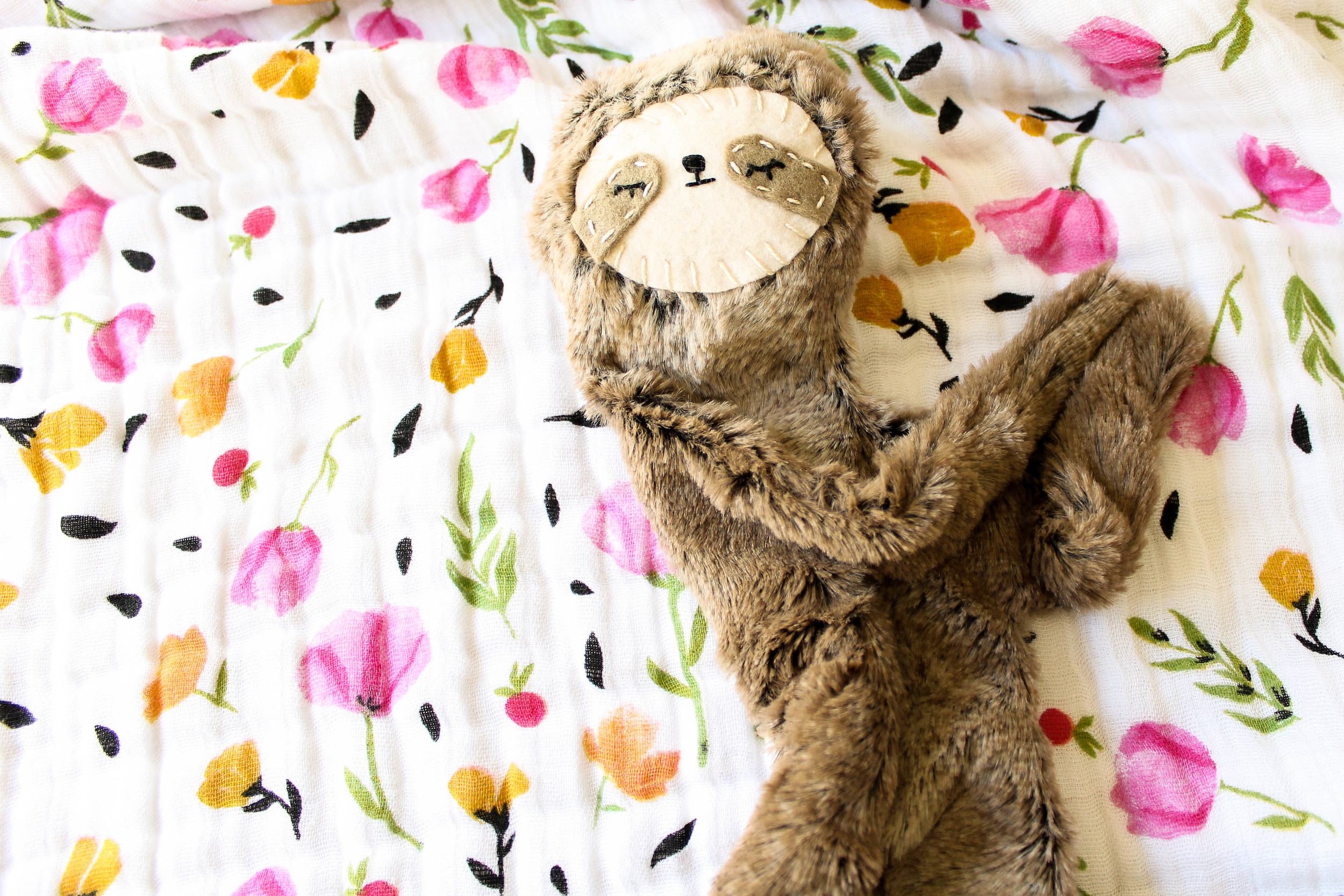 favorite products for second baby | Slumber Sloth by Spoon and Moon