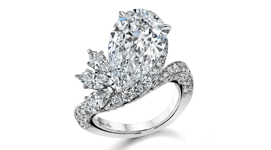 Peacock Diamond Ring 900x500.jpg