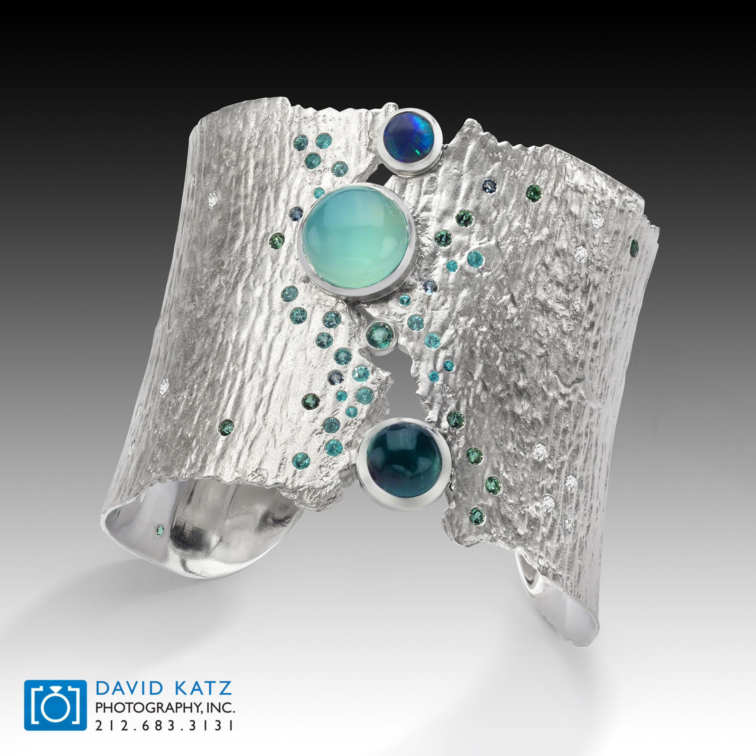 Cuff bracelet silver.jpg