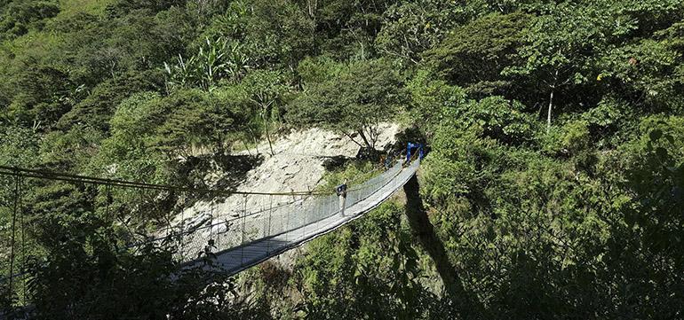 puente-colgante-bajando-llactapata.jpg