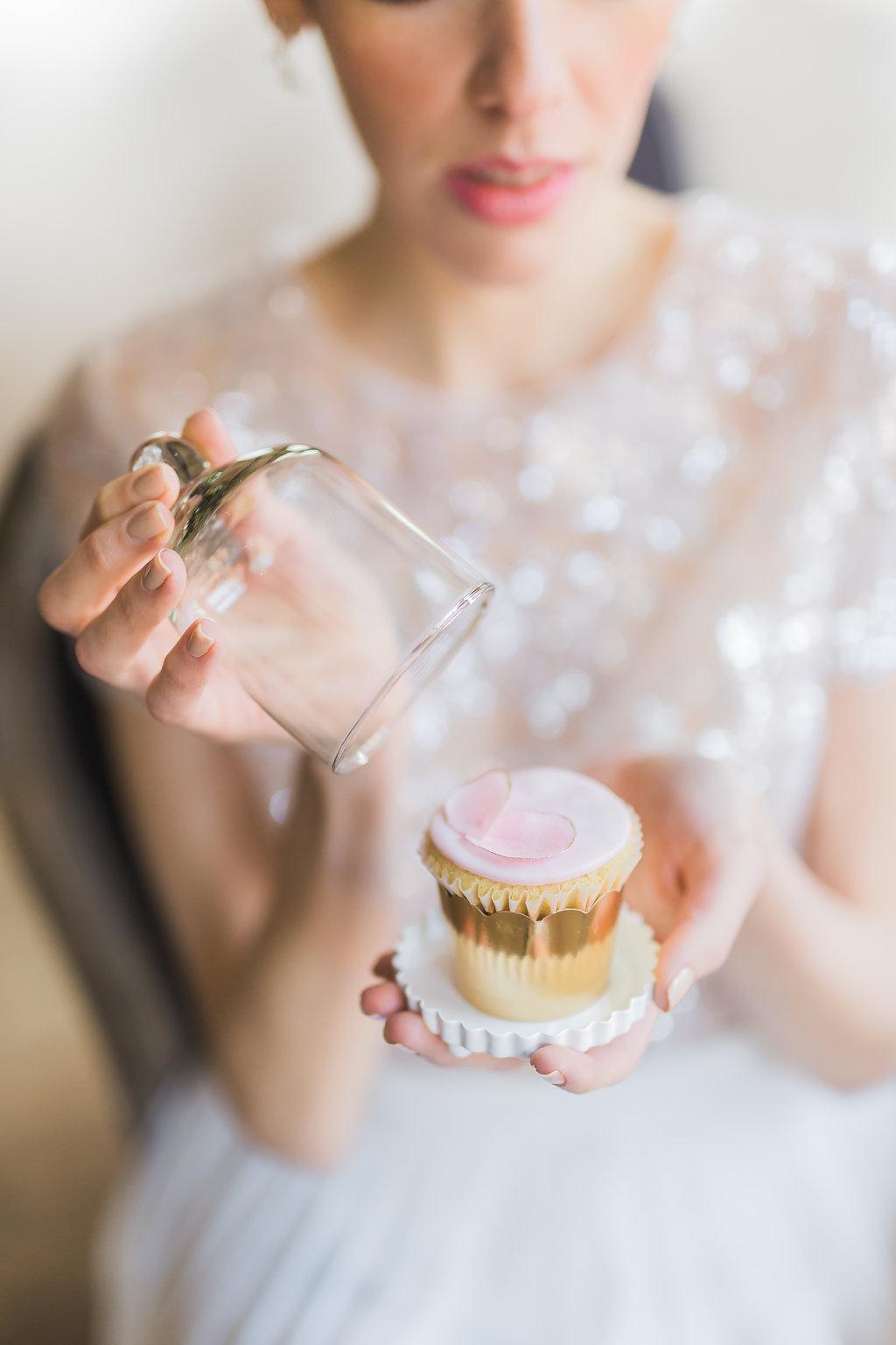 Phoebe Lo Events Toronto Wedding - Storys Building Urban Loft Paper Inspired Wedding 026.jpg