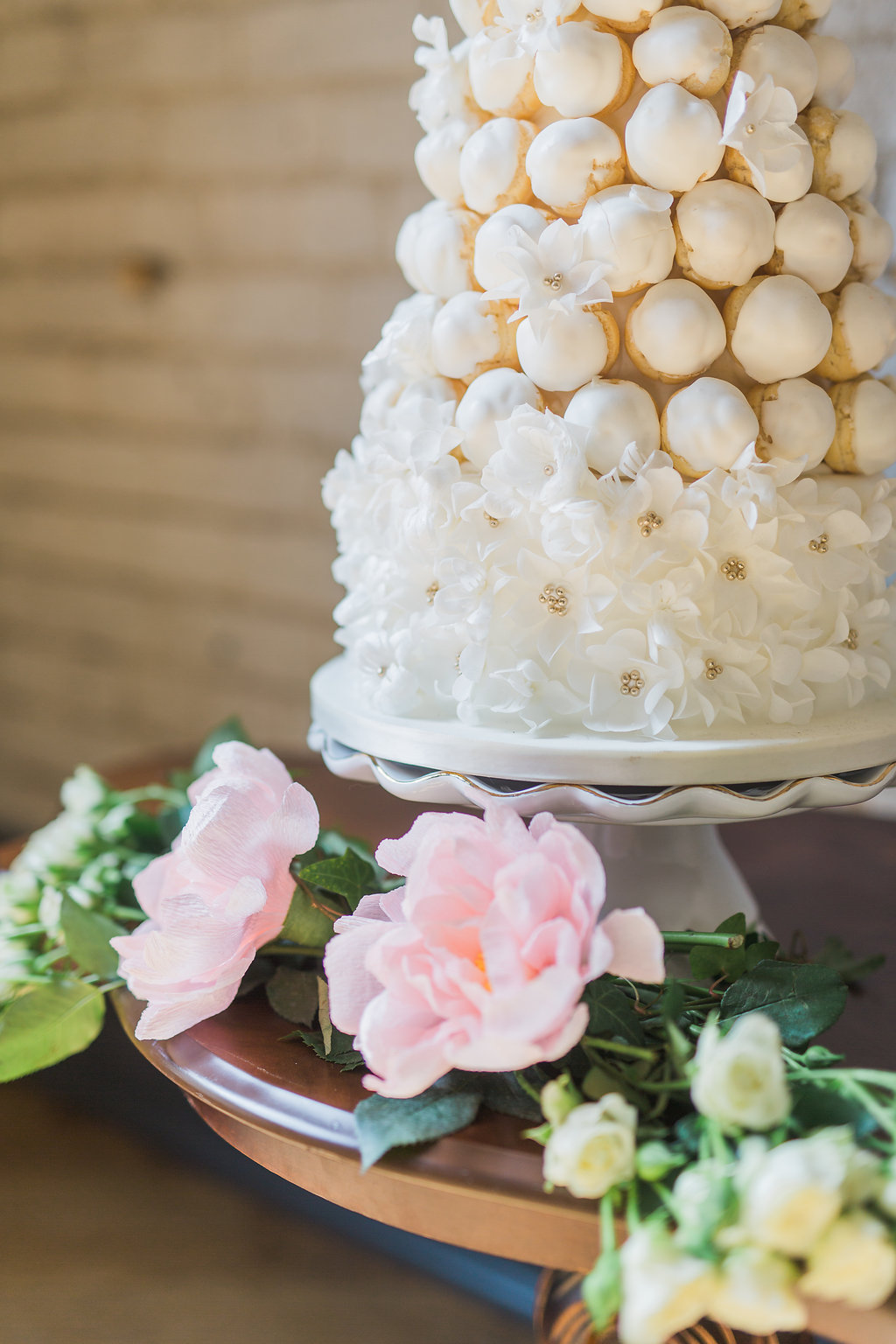 Phoebe Lo Events Toronto Wedding - Storys Building Urban Loft Paper Inspired Wedding 033.jpg