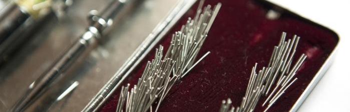 Korean_acupuncture_needle_set.jpg