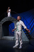 Pereyra as Juliet and Klopatek as Romeo in theUtahShakespeare Festival's Shakespeare-in-the-Schools touring production of Romeo  and Juliet.