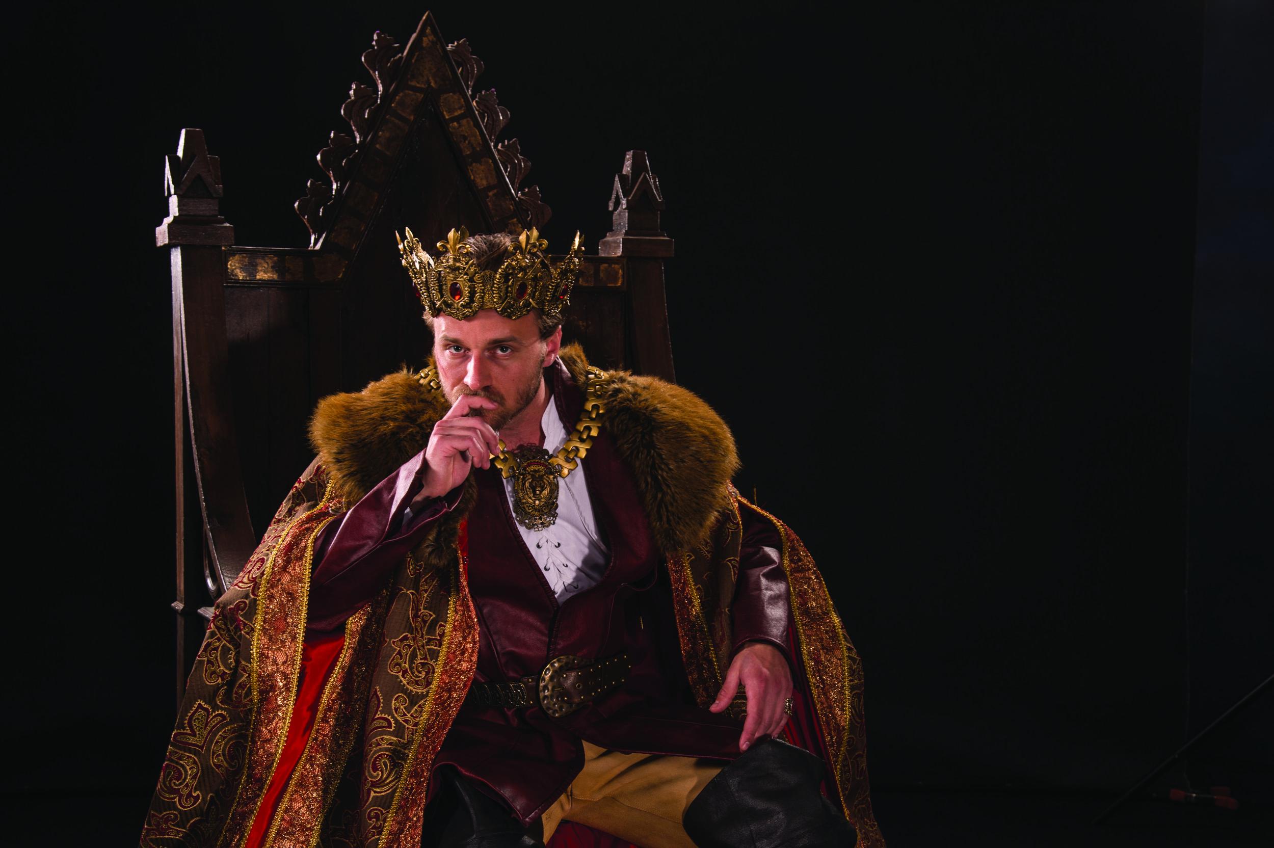 Sam Ashdown as Henry V in  Henry V,  2016 .