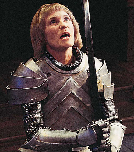 Kathleen McCall as Joan la Pucelle in  The War of the Roses,  2000.