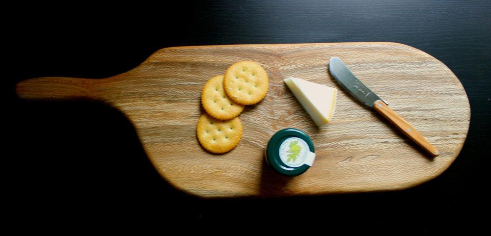 sycamore cutting board.jpg
