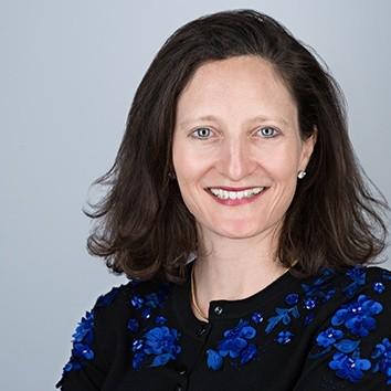 LISA NEUBERGER-FERNANDEZ    Accenture