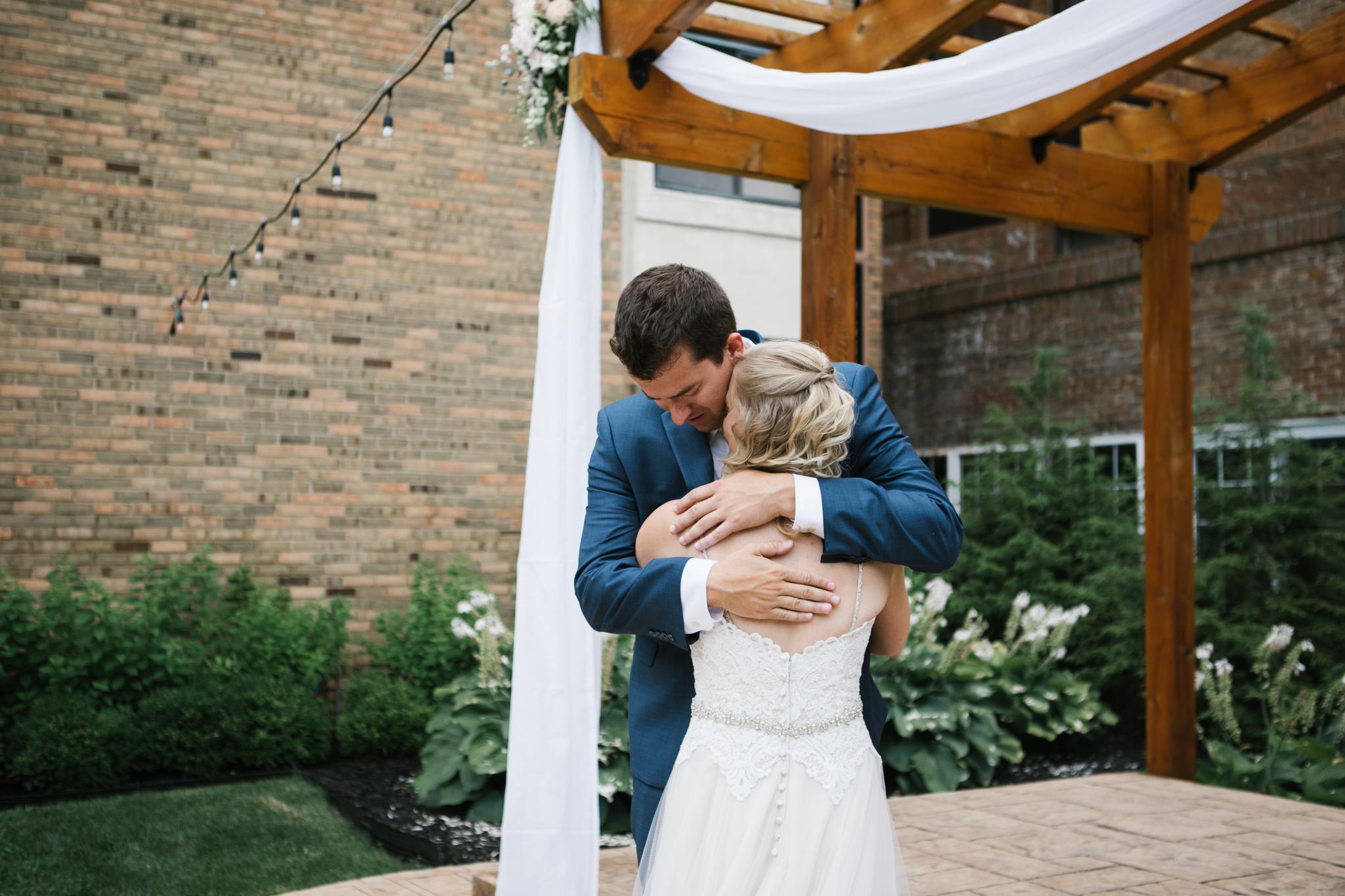 Ann-Arbor-Wedding-16.jpg