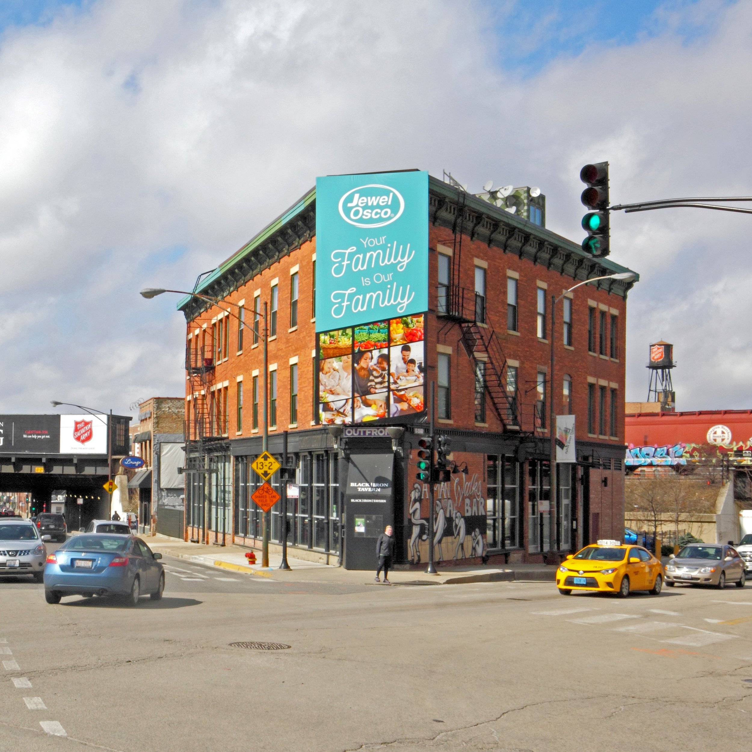 Foundry - 401-409 N MILWAUKEE AVENUE