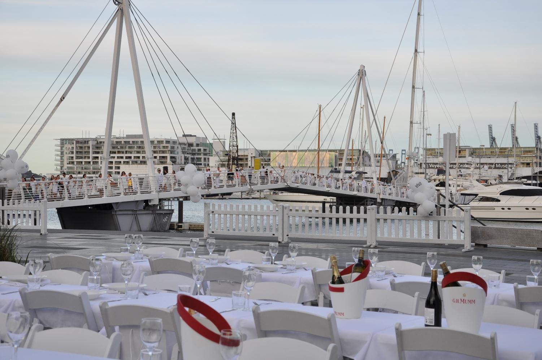 Diner en Blanc 1.jpg