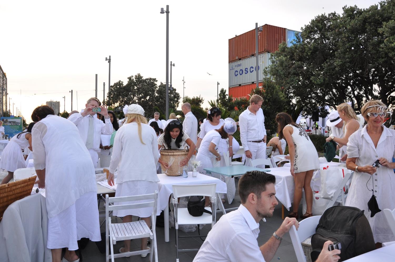 Diner en Blanc 3.jpg