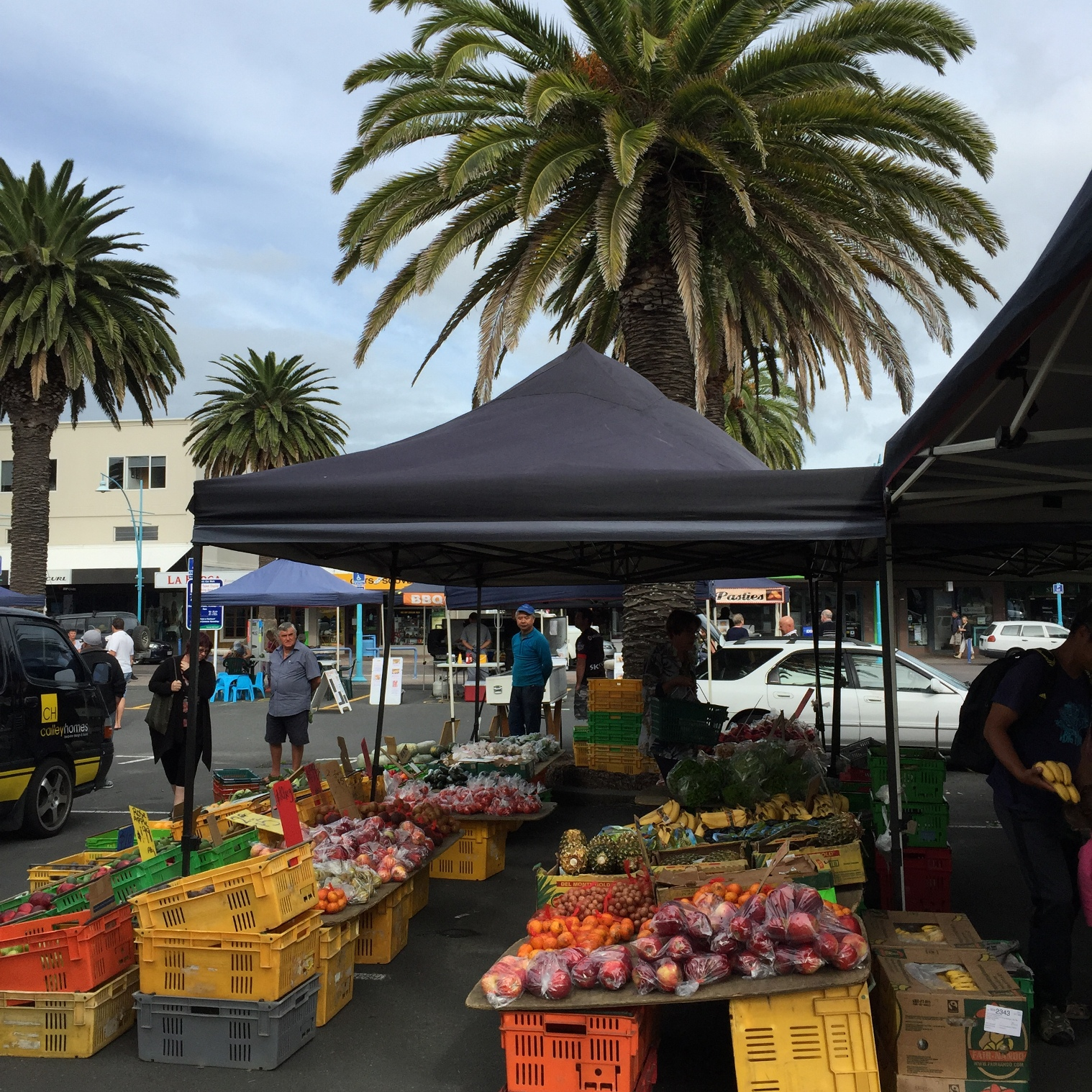 Sunday morning at Mt Maunganui farmers market