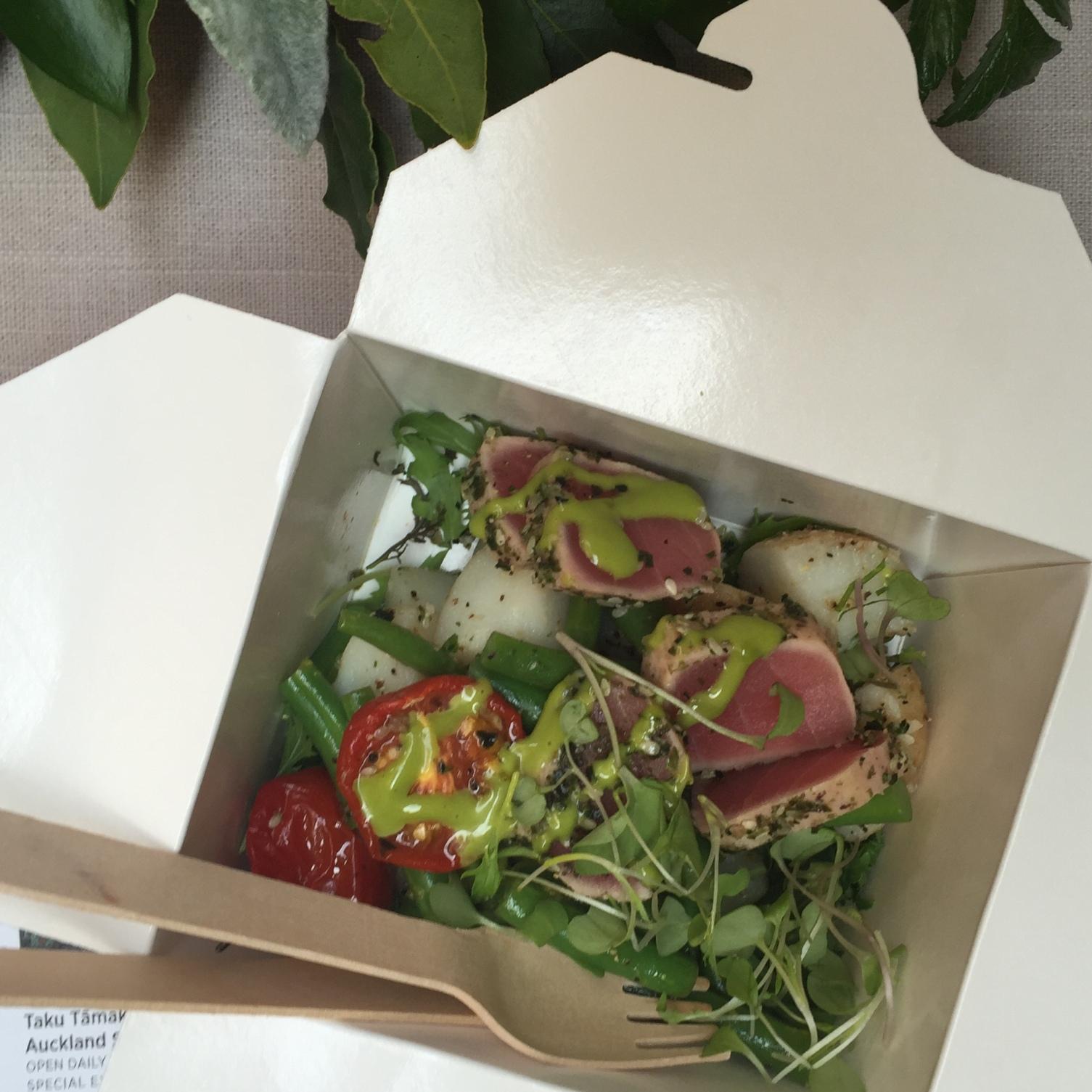 Furiyaki crusted tuna, baby potatoes, wakame beans, tomato confit and lime dressing