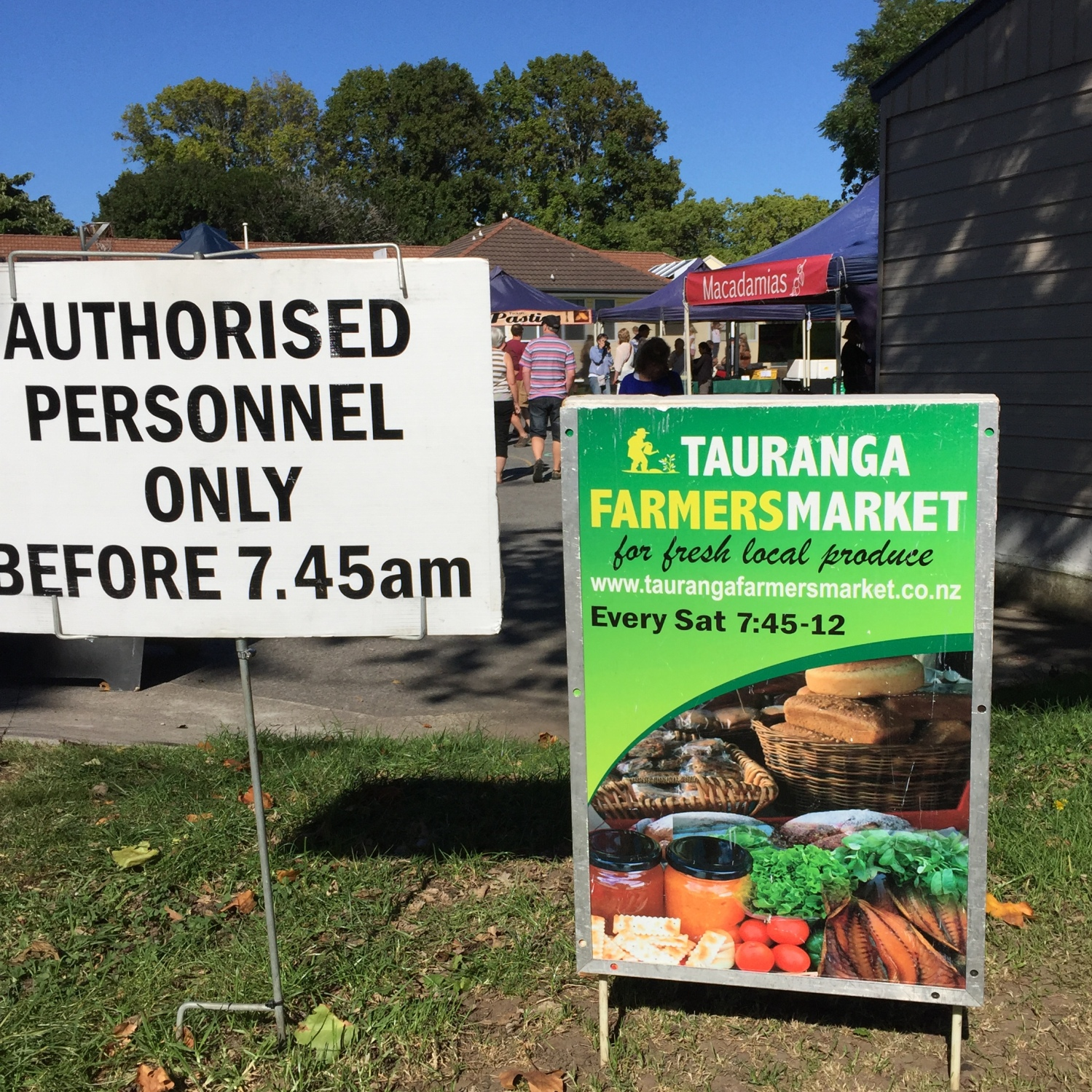Authorised people only before 7:45am