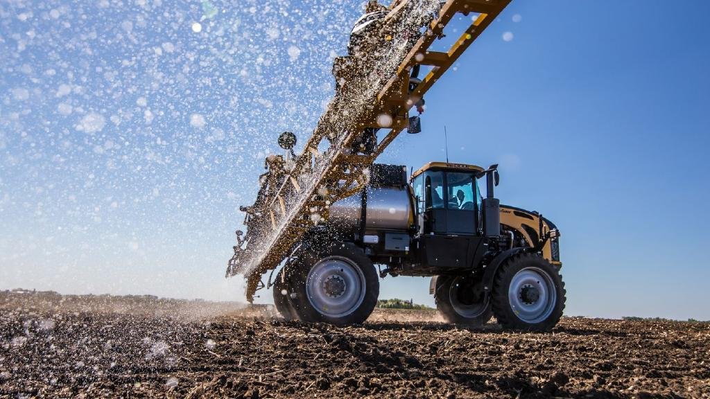 The Challenger RoGator 700 Series was among AGCO's five winners at the AE50 awards.