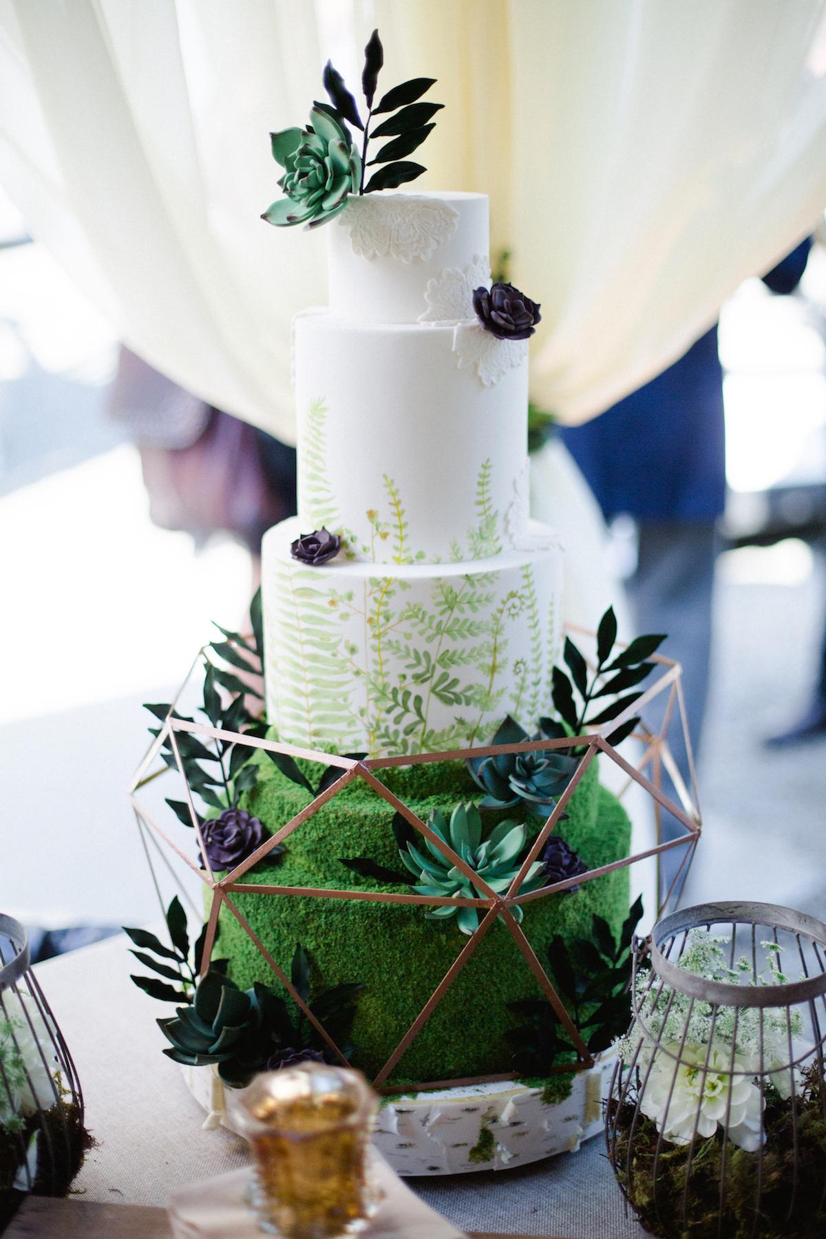 Dalana Cake by Christie Graham2.jpg