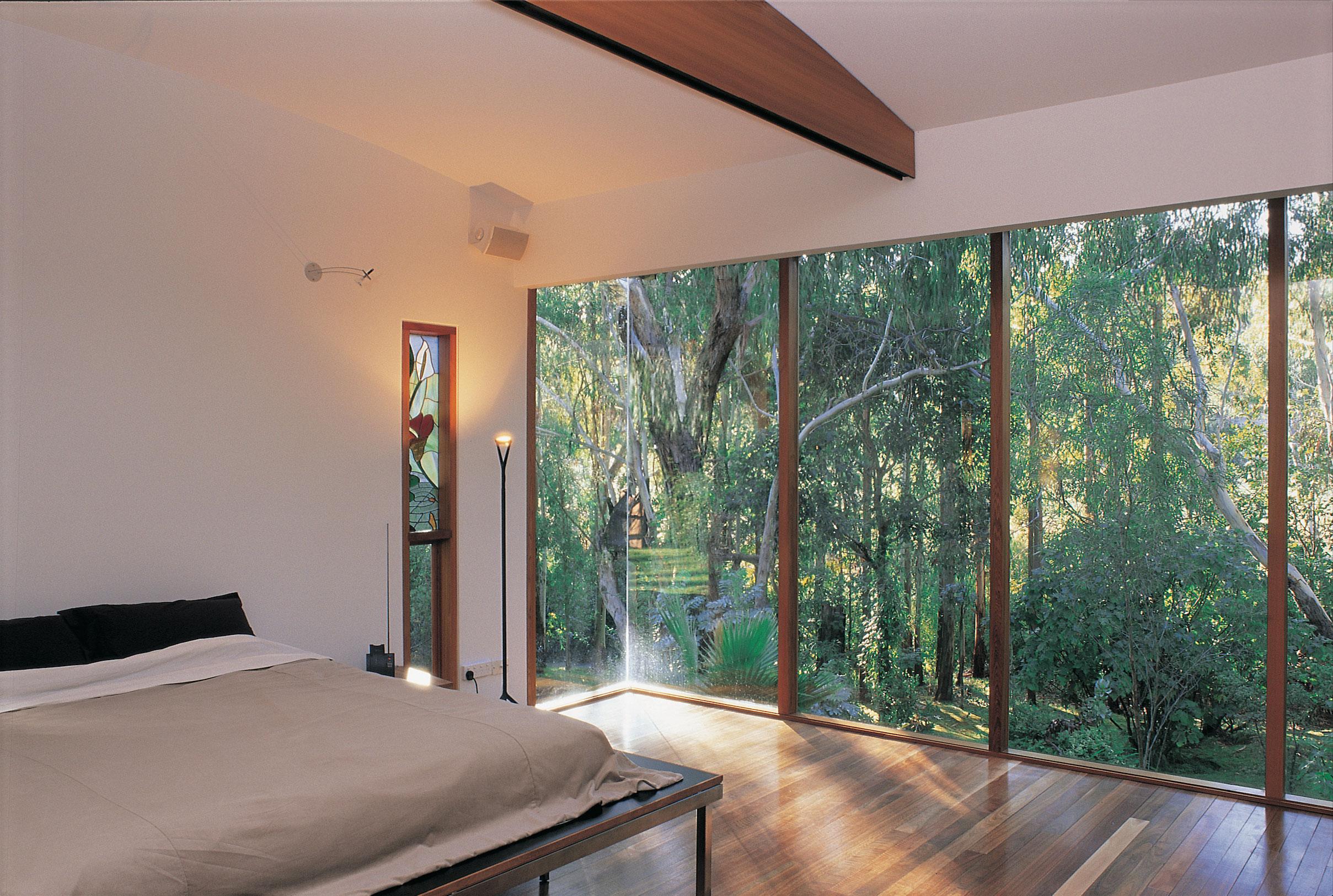 The Cottage utilises its unique location for truly amazing light