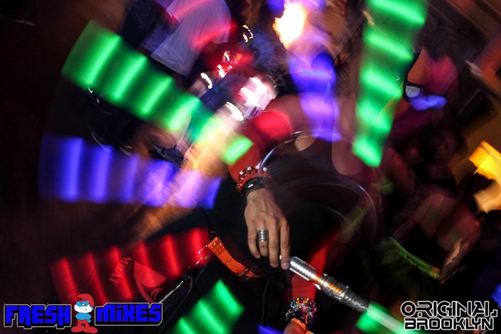 Glow Believe 062.jpg