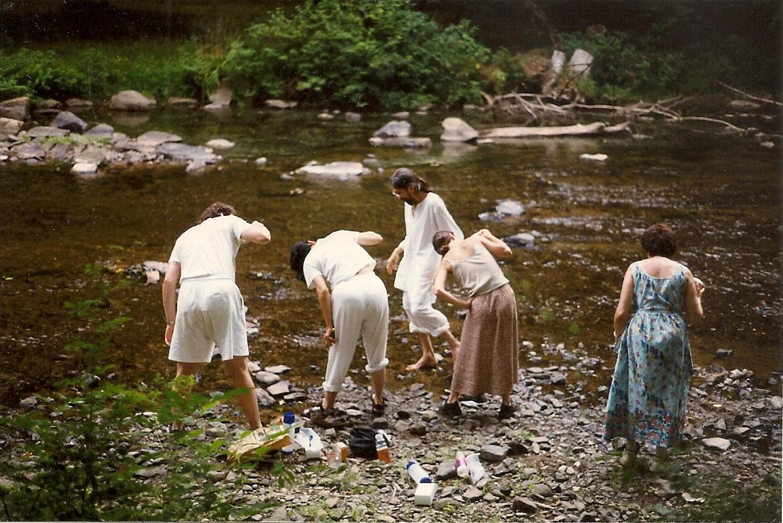 Guruji'sDisciples in Creek 1999.jpg