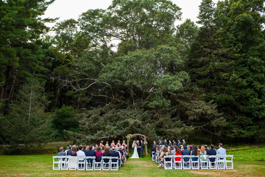 wedding ceremony location ideas at the moraine farm estate