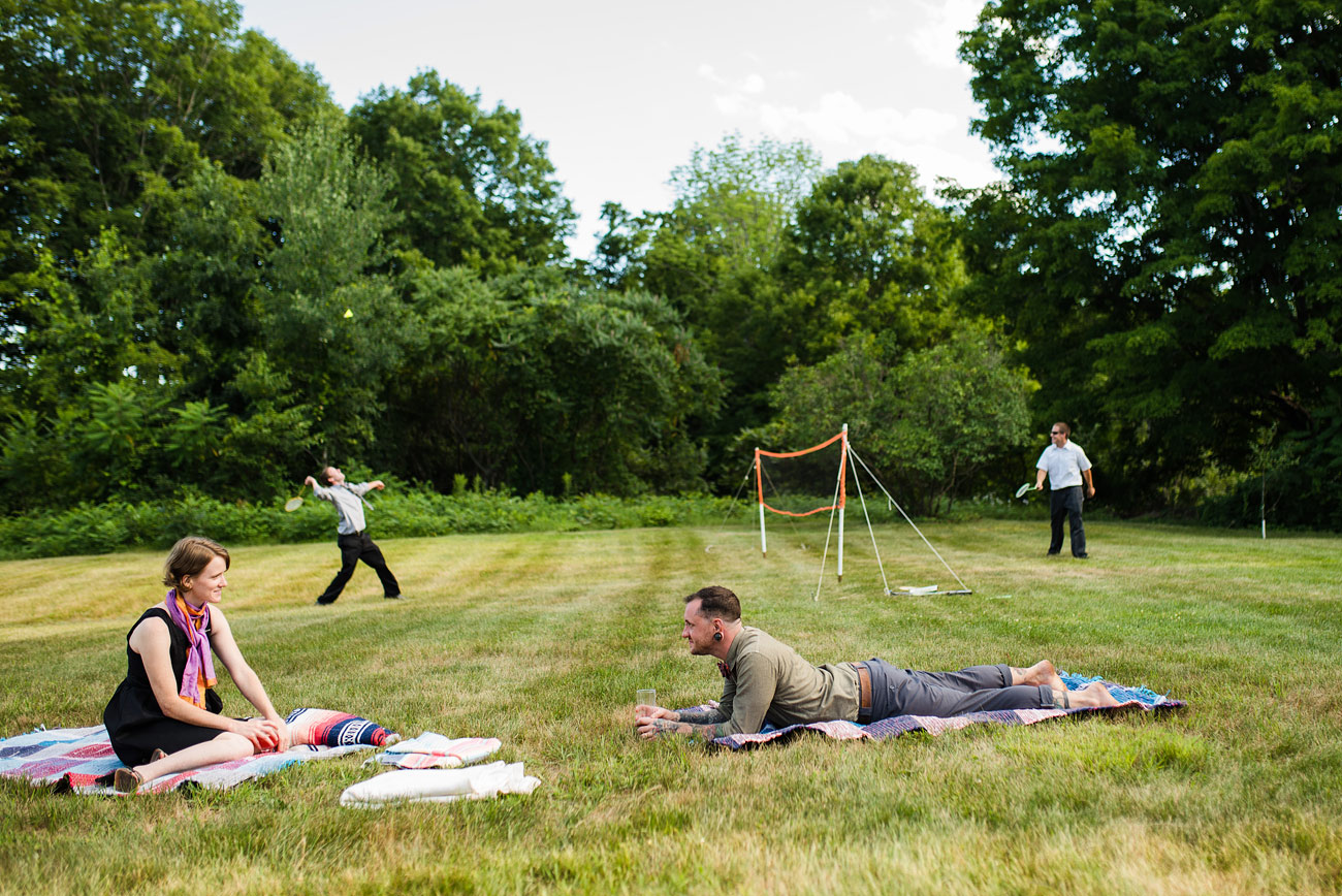 what to do at backyard weddings badmitton