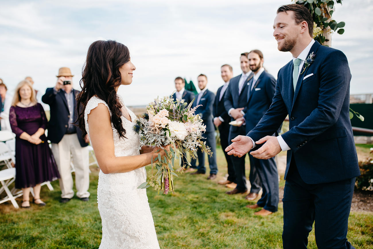 real moments at the alter jewish weddings in eastern point yacht club in Gloucestor, MA