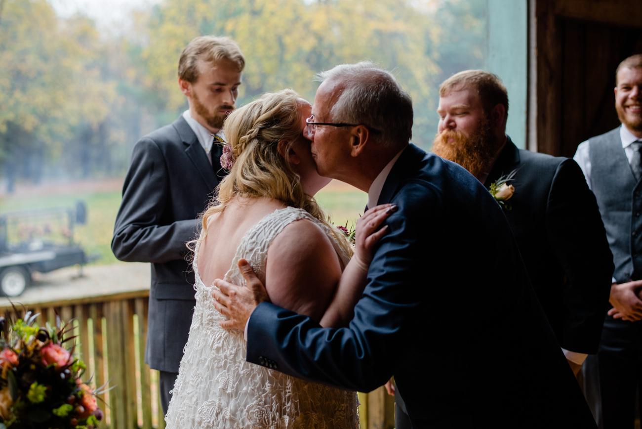 barn_on_walnut_hill_wedding_26.JPG