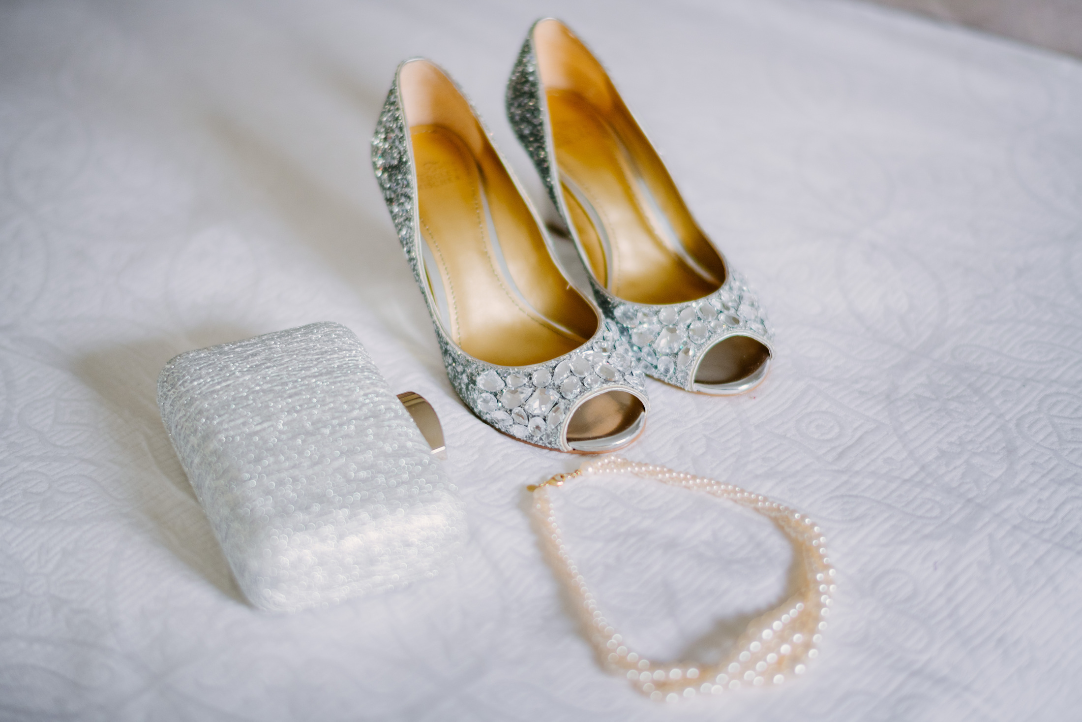 bridal suite and detail at the dennis inn in cape cod