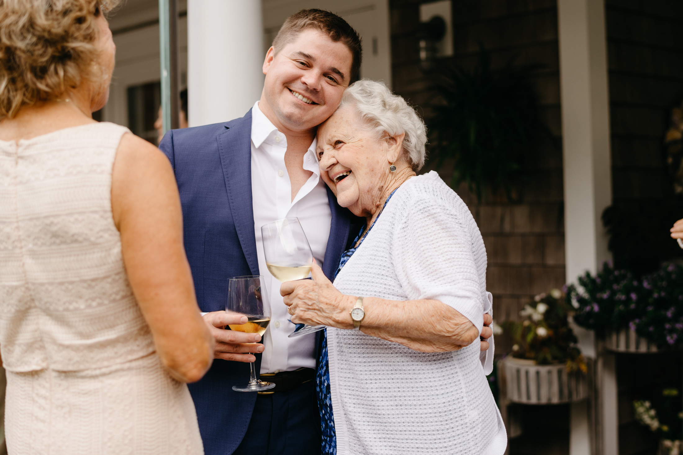 family wedding moments in nantucket