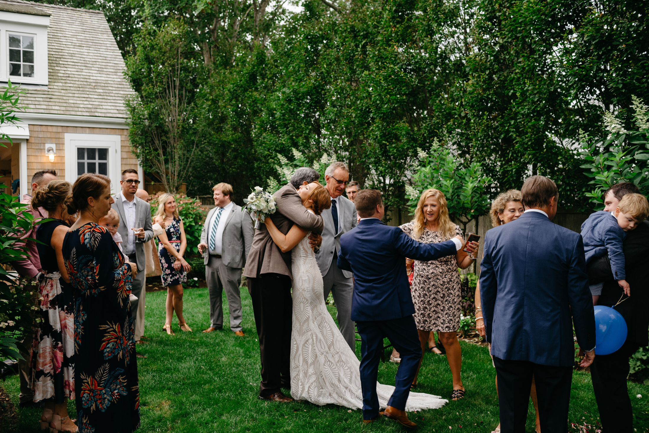 backyard_wedding_in_nantucket-mikhail-glabets_25.JPG