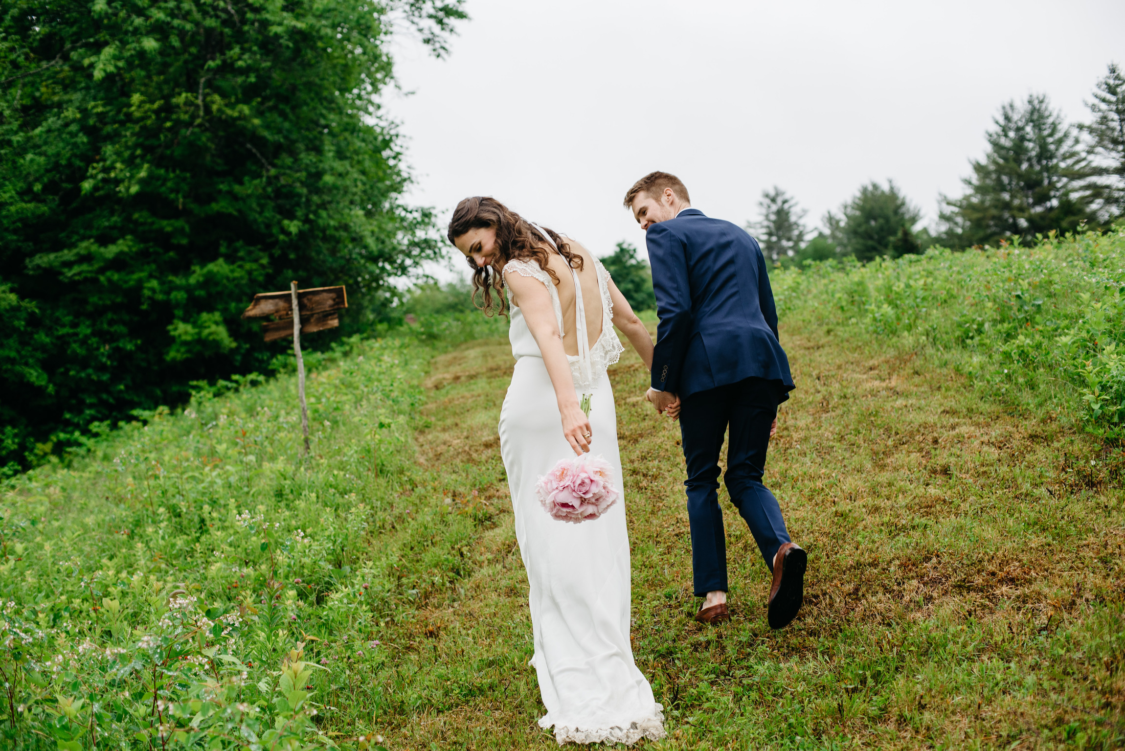 vermont_farm_wedding_photos_mikhail_glabetS_49.JPG