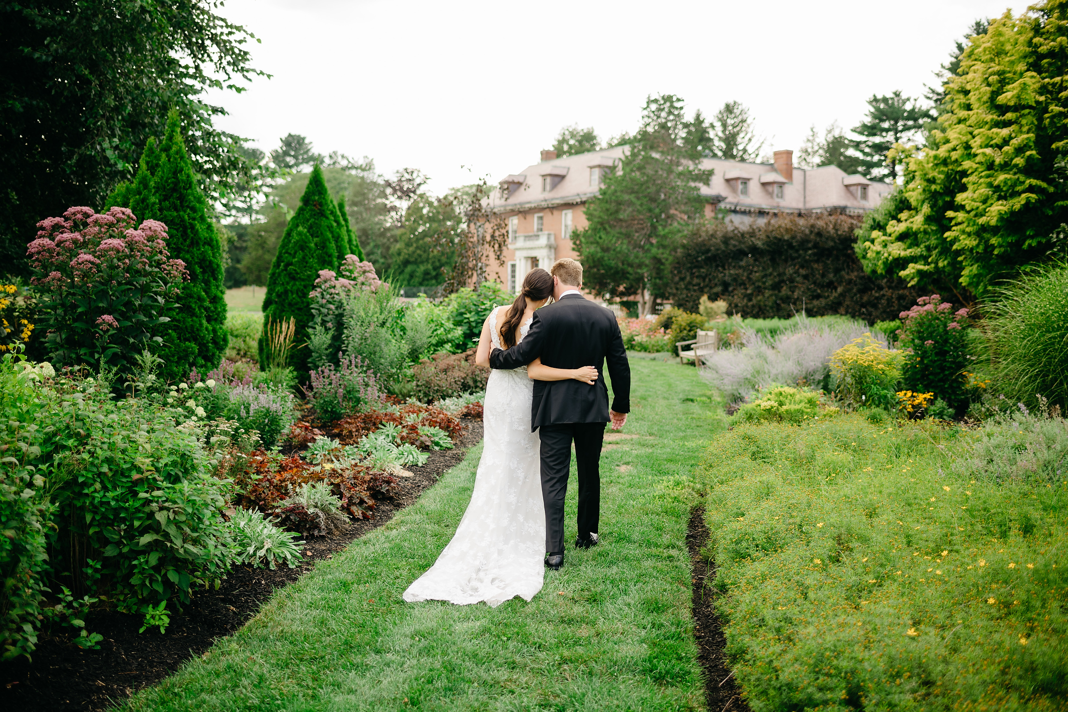 Massachusetts Horticultural Society - The Gardens at Elm Bank wedding