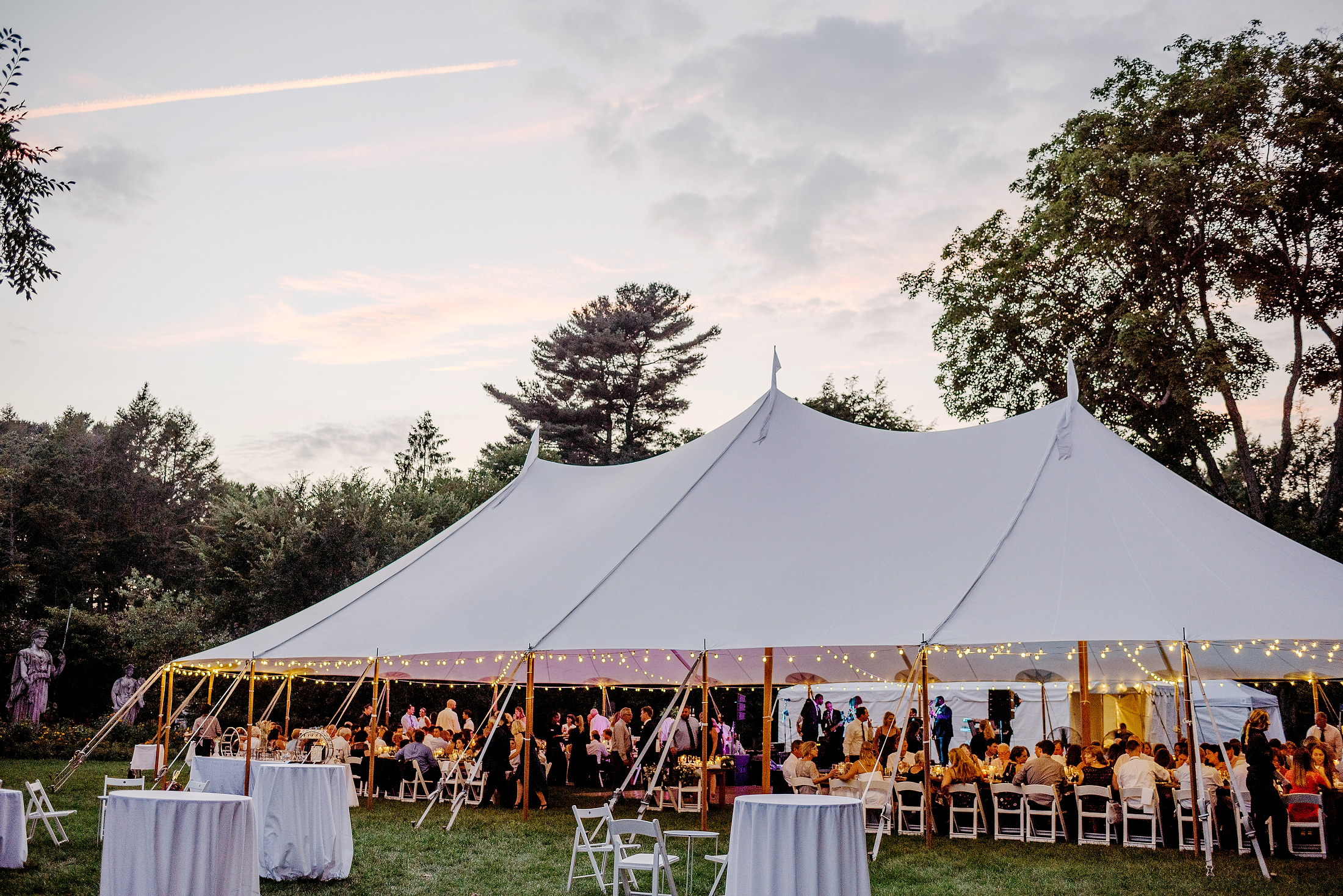 planning a tent wedding at elm banks