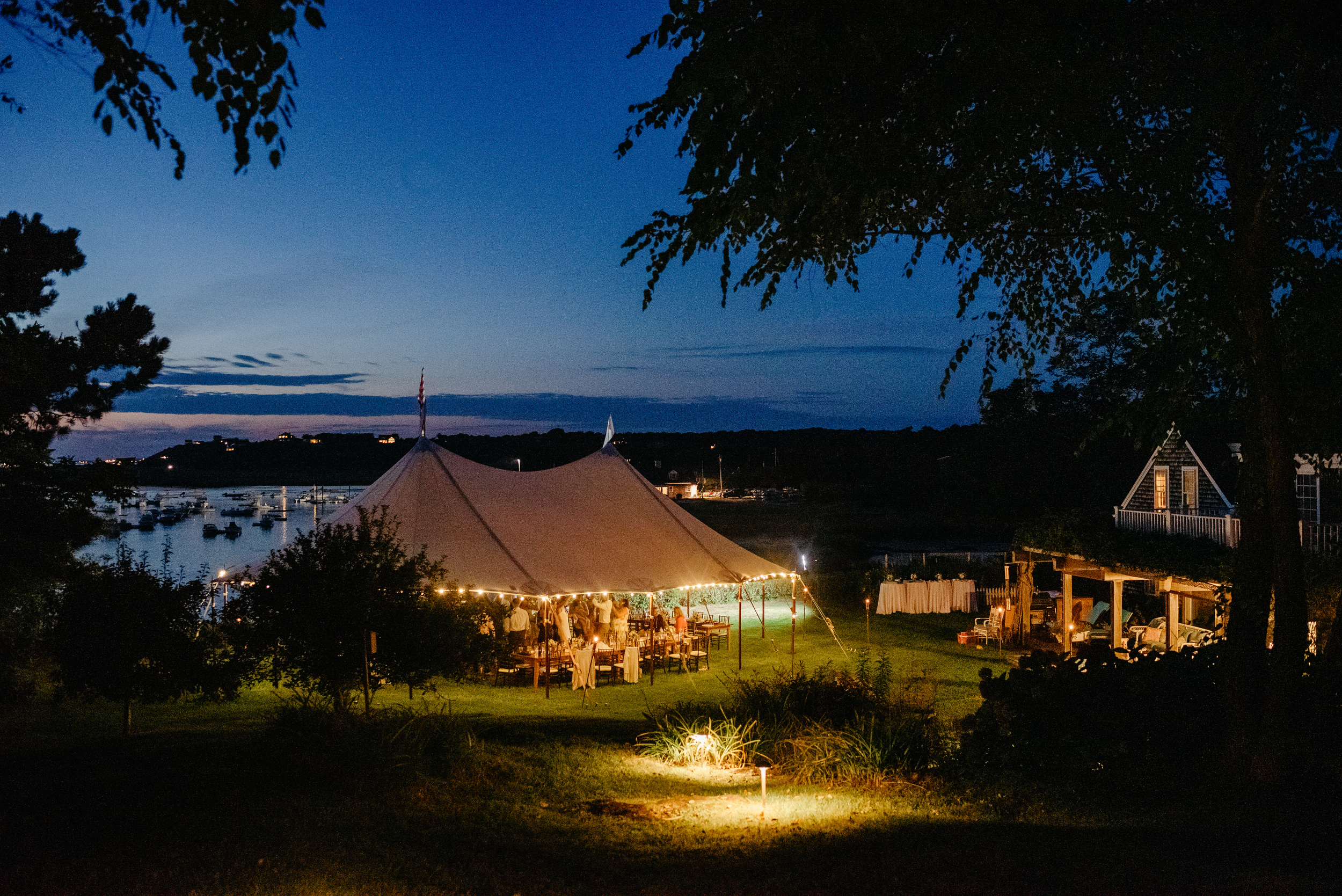 eagles neck 20 mill pond road wedding at night time