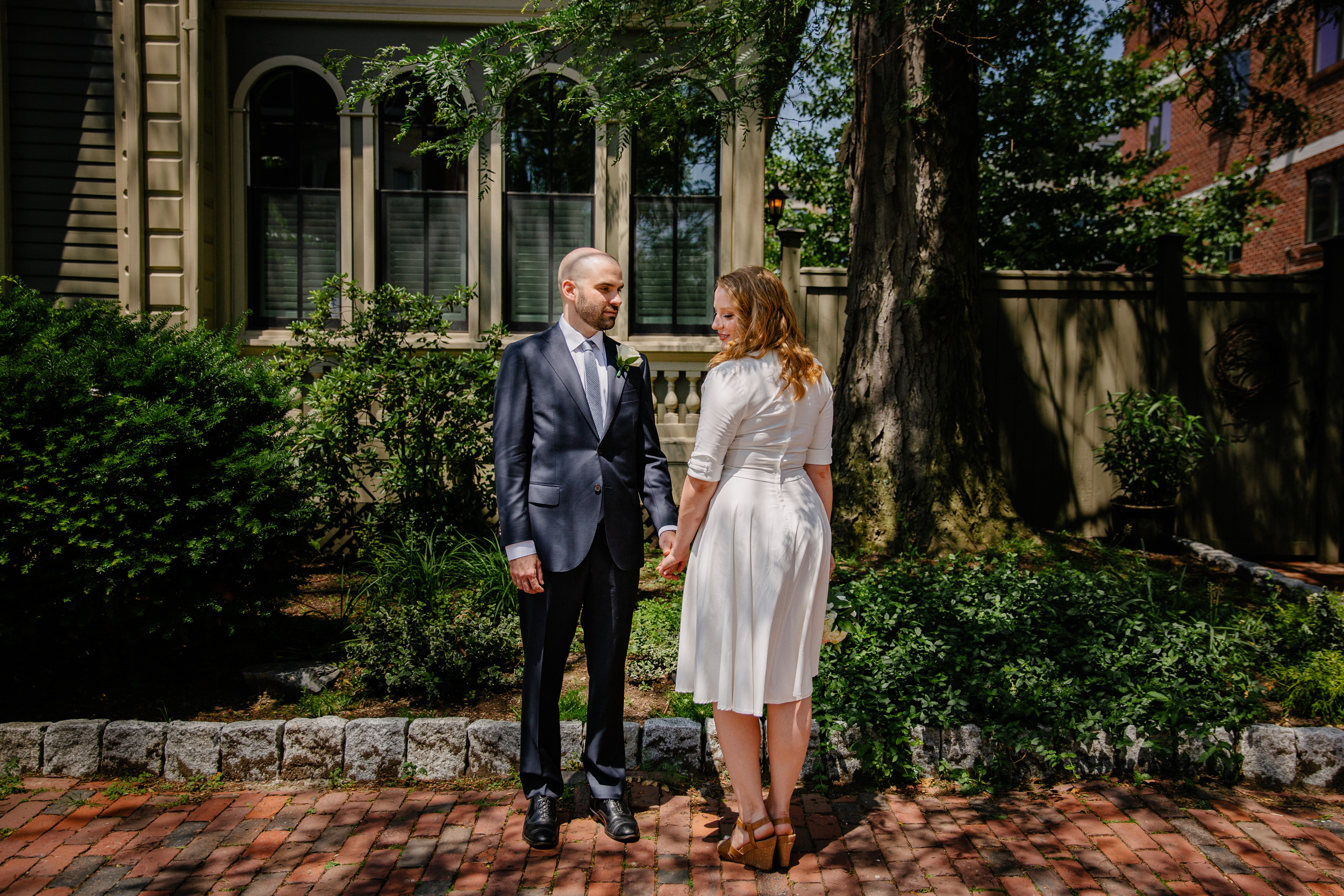 cambridge city hall elopement photos in the streets