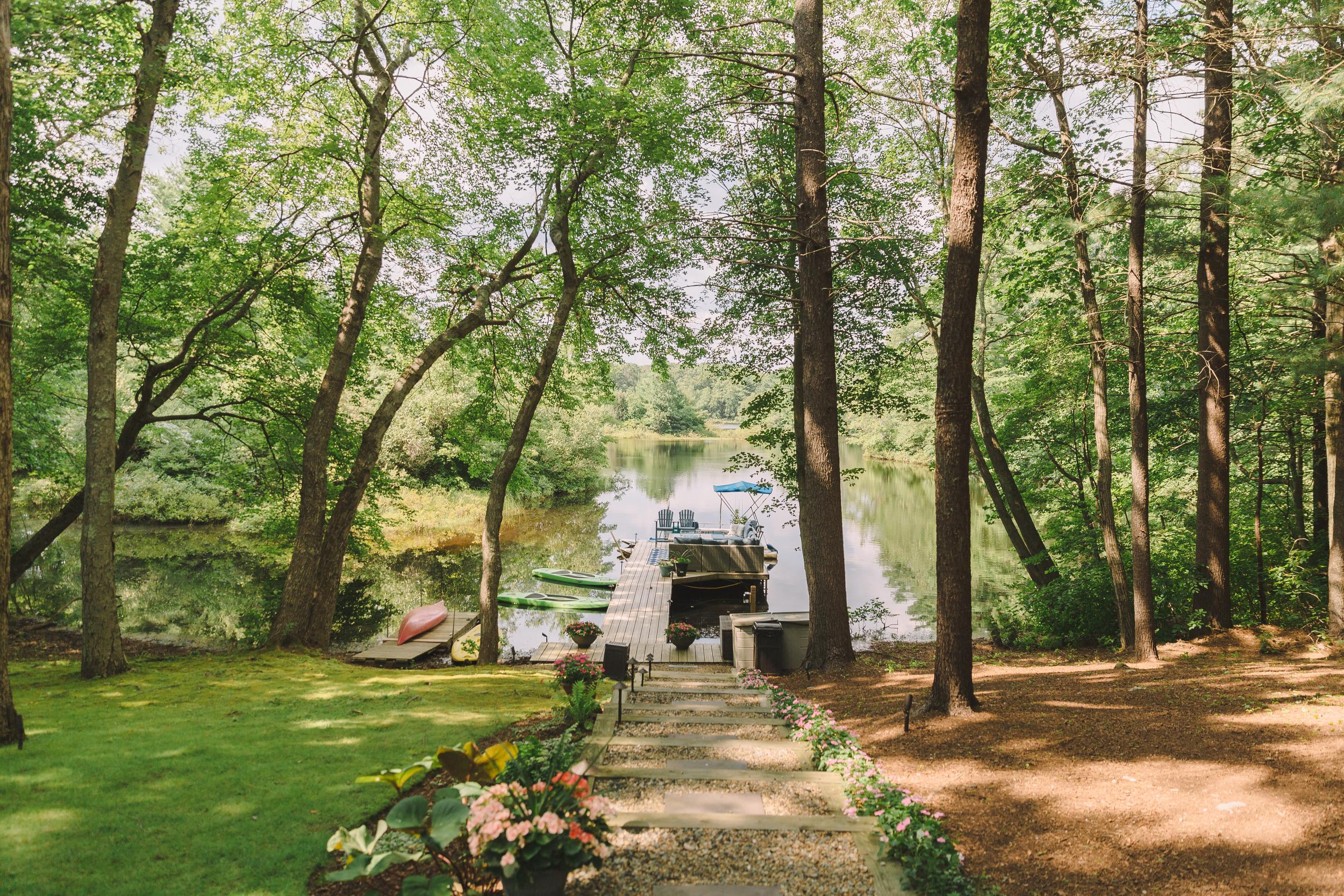 capecod_backyard_wedding_photos_mikhail_1.JPG