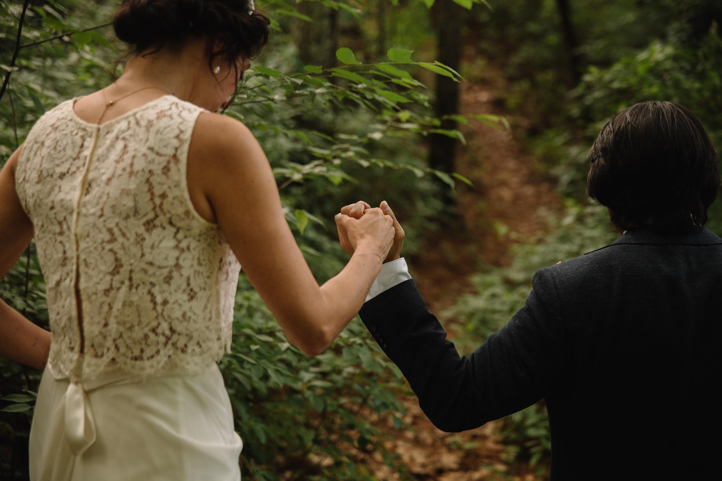 capecod_backyard_wedding_photos_mikhail_10.JPG