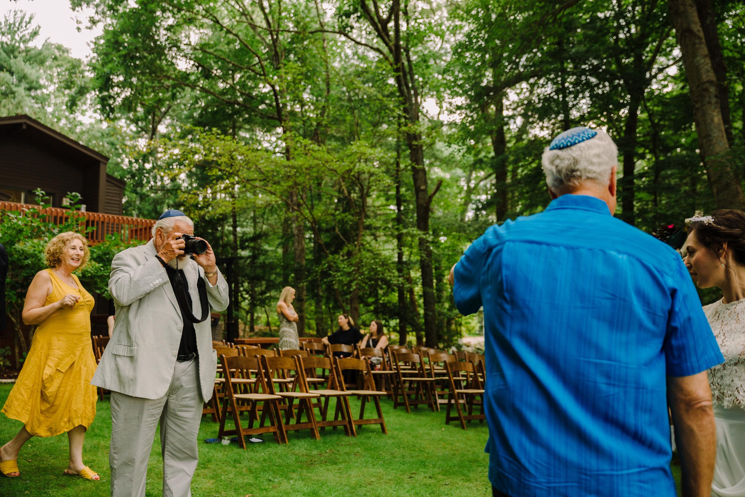 capecod_backyard_wedding_photos_mikhail_14.JPG