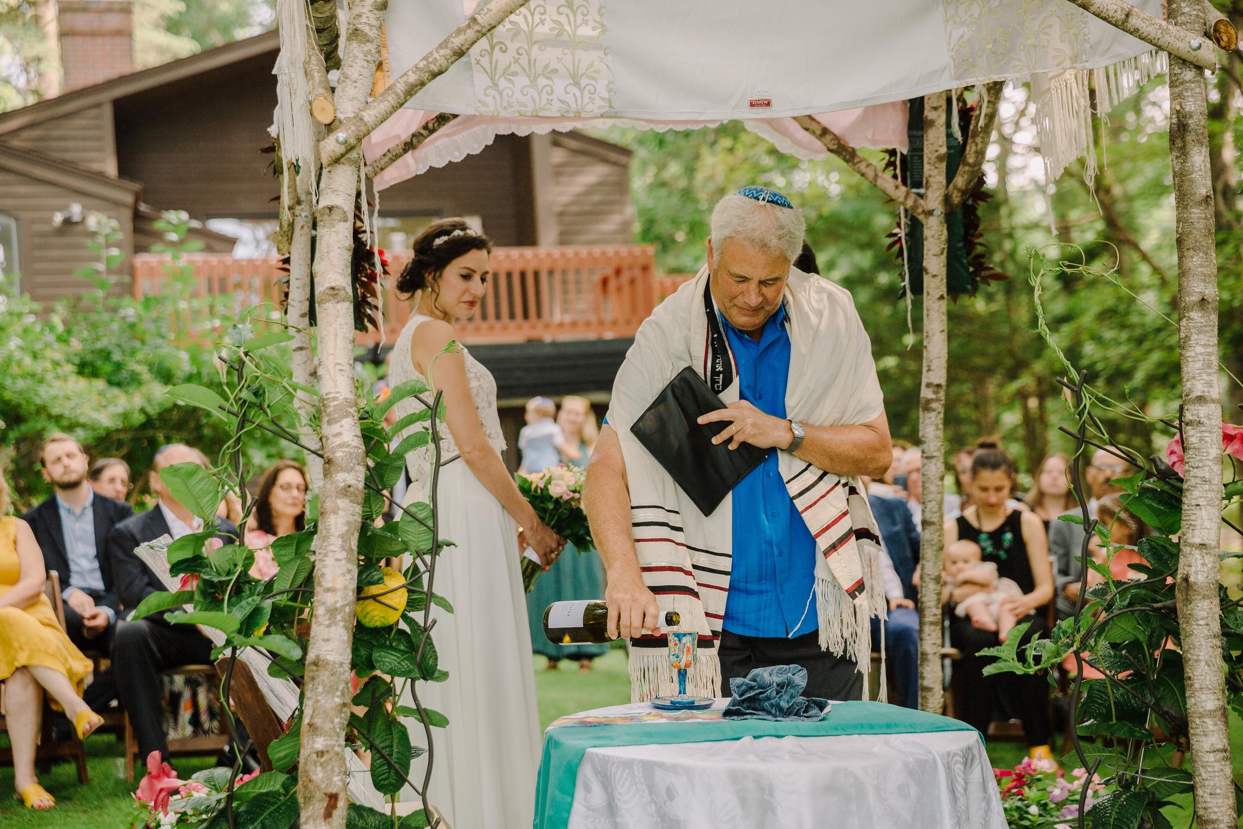 capecod_backyard_wedding_photos_mikhail_22.JPG