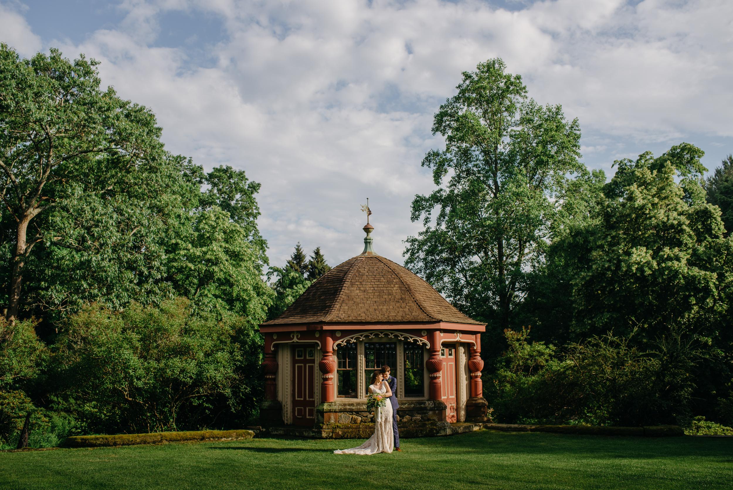 stunning garden wedding wedding portrait at moraine farm