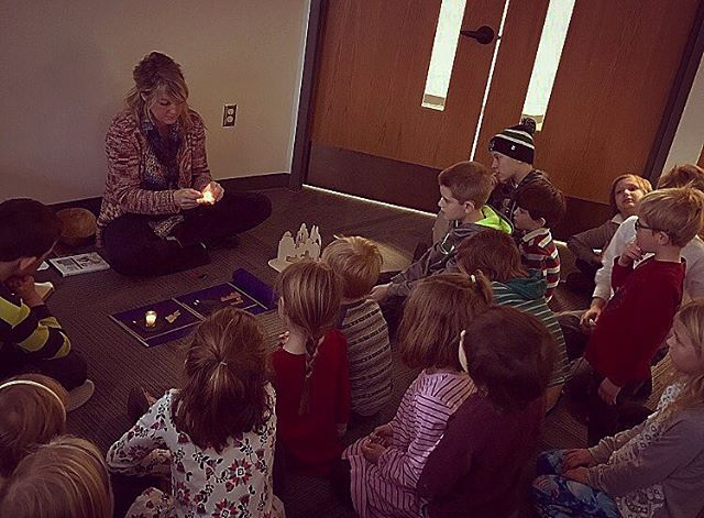 Godly Play #advent 2016 #christmasiscoming #godlyplay #elca #lutheran #eclckids #lightinthedarkness #thislittlelightofmine