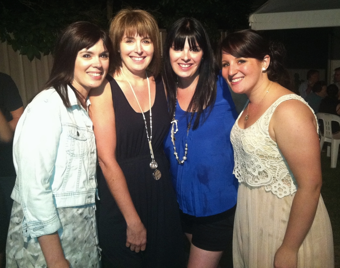 My sisters. Besties forever, miss them everyday .... and now I'm crying!